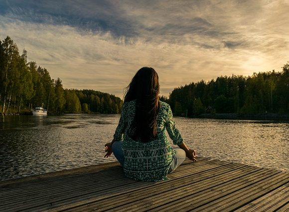 Can meditation facilitate stress management? Find out!