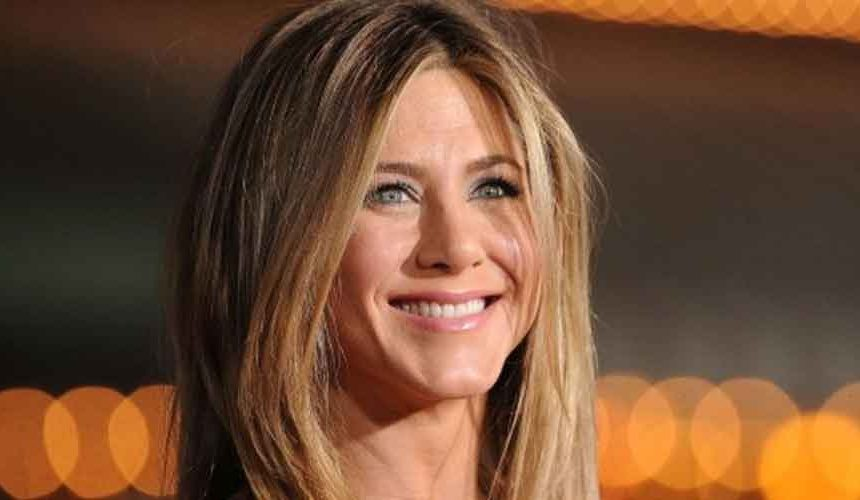Jennifer Aniston Net worth, Age, Movies, and Tv shows
