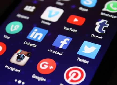 11 Ways to Effectively Use Social Media in 2021